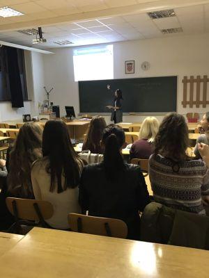 """Radionica """"Pisanje životopisa i motivacijskog pisma"""" na Filozofskom fakultetu Osijek"""